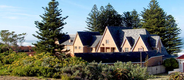 SEA OTTERS LODGE, PORT ELIZABETH